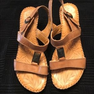 Tsonga shoes. Super comfortable low heel.